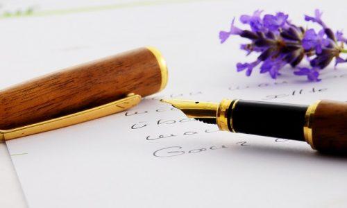 Füller und Blatt
